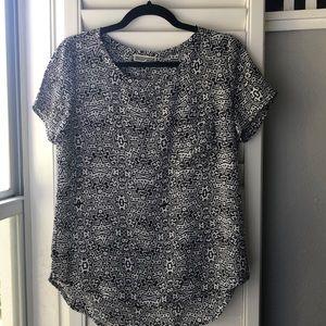 Black & White Medium blouse